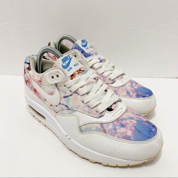 los angeles 2e67a ab704 Nike Air Max 1 Cherry Blossom Limited Edition. M 5c5bbd79c9bf509b47345286